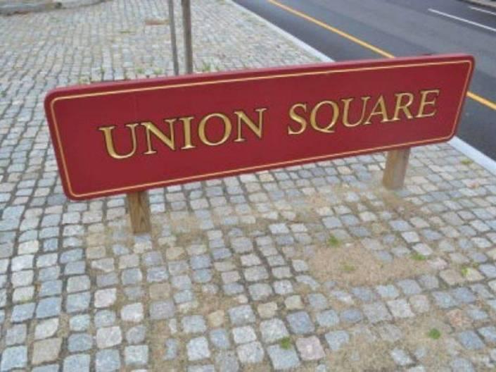 union sign